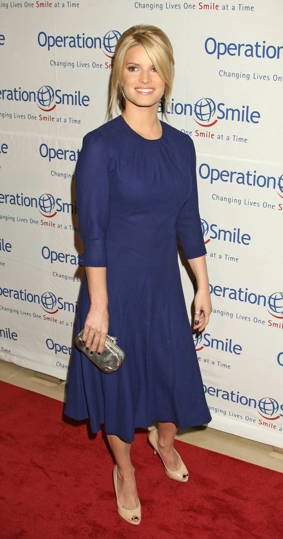 jessica-simpson-operation-smile-25th-anniversary-gala-01