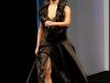 jessica-simpson-ozlem-suer-fashion-show-in-paris-02