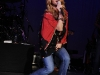 jessica-simpson-performs-at-5th-annual-ninas-night-out-benefit-concert-in-las-vegas-05