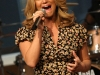 jessica-simpson-performs-at-cbs-the-early-show-in-new-york-city-02