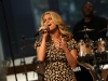 jessica-simpson-performs-at-cbs-the-early-show-in-new-york-city-07