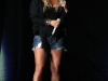 jessica-simpson-performs-at-cricket-wireless-amphitheatre-05
