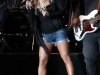 jessica-simpson-performs-at-cricket-wireless-amphitheatre-15