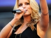 jessica-simpson-performs-at-lowes-motor-speedway-05