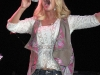 jessica-simpson-performs-at-sea-world-in-san-antonio-04