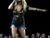 jessica-simpson-performs-at-the-kohl-center-in-wisconsin-10