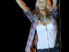 jessica-simpson-performs-at-the-los-angeles-county-fair-03