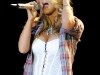 jessica-simpson-performs-at-the-los-angeles-county-fair-05