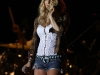 jessica-simpson-performs-at-the-strawberry-festival-in-plant-city-01
