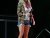 jessica-simpson-performs-at-the-strawberry-festival-in-plant-city-09