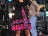 jessica-simpson-performs-on-abcs-good-morning-america-in-new-york-city-09