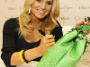 jessica-simpson-signs-autographs-at-dillards-stonebriar-centre-11
