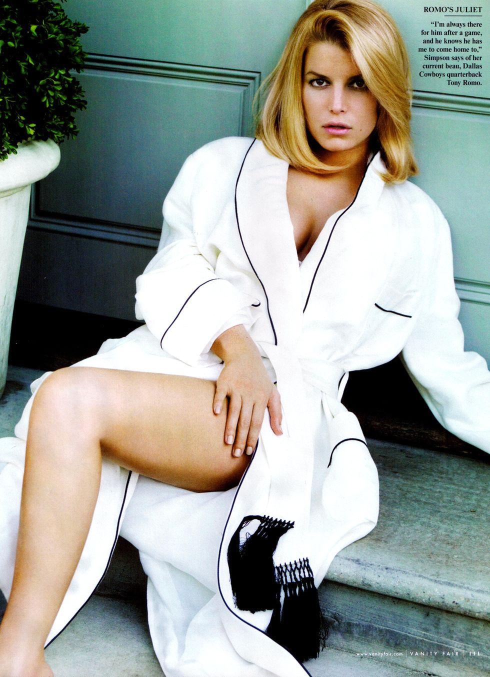 jessica-simpson-vanity-fair-magazine-june-2009-hq-scans-01