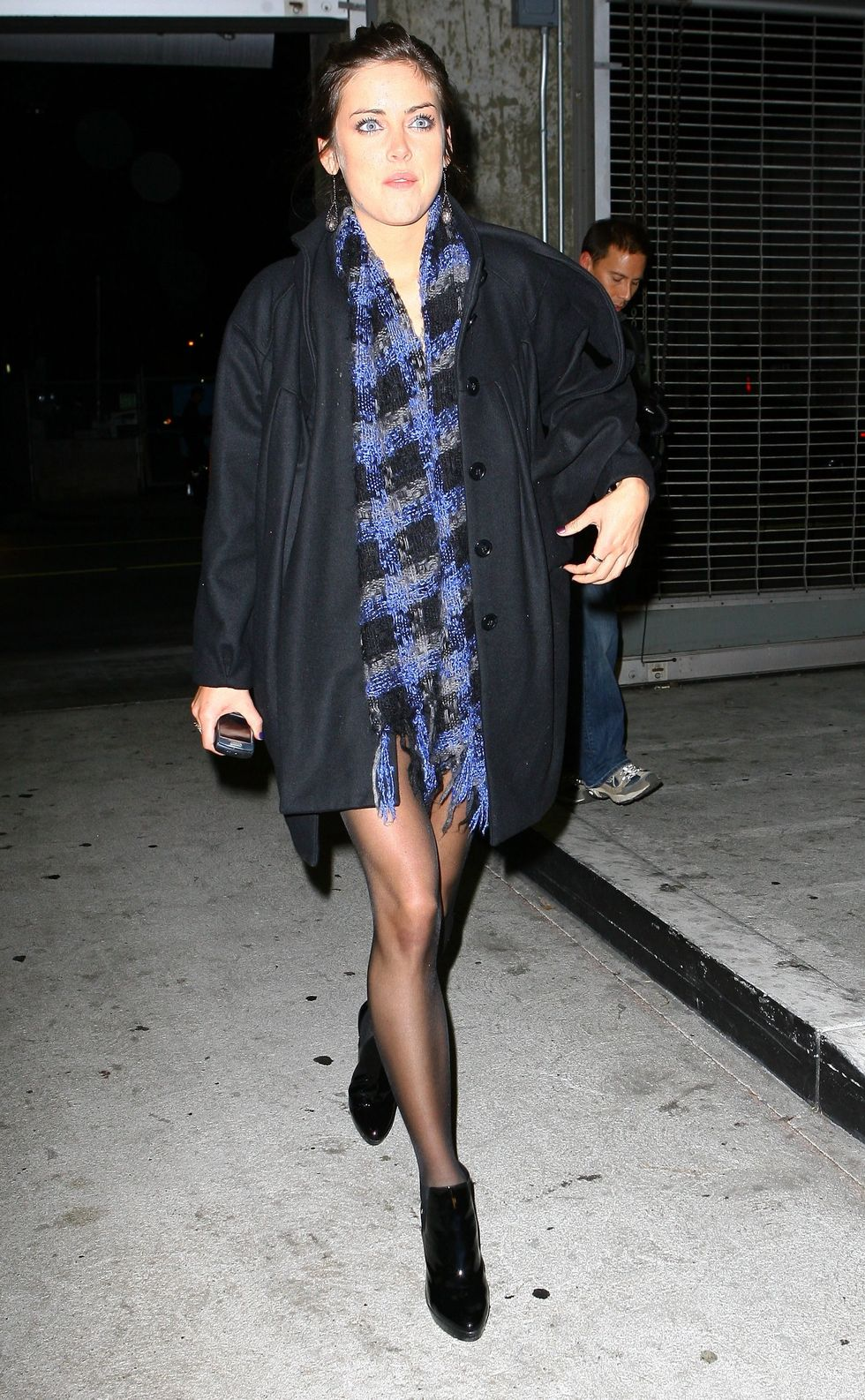 jessica-stroup-musicians-give-back-event-in-hollywood-01