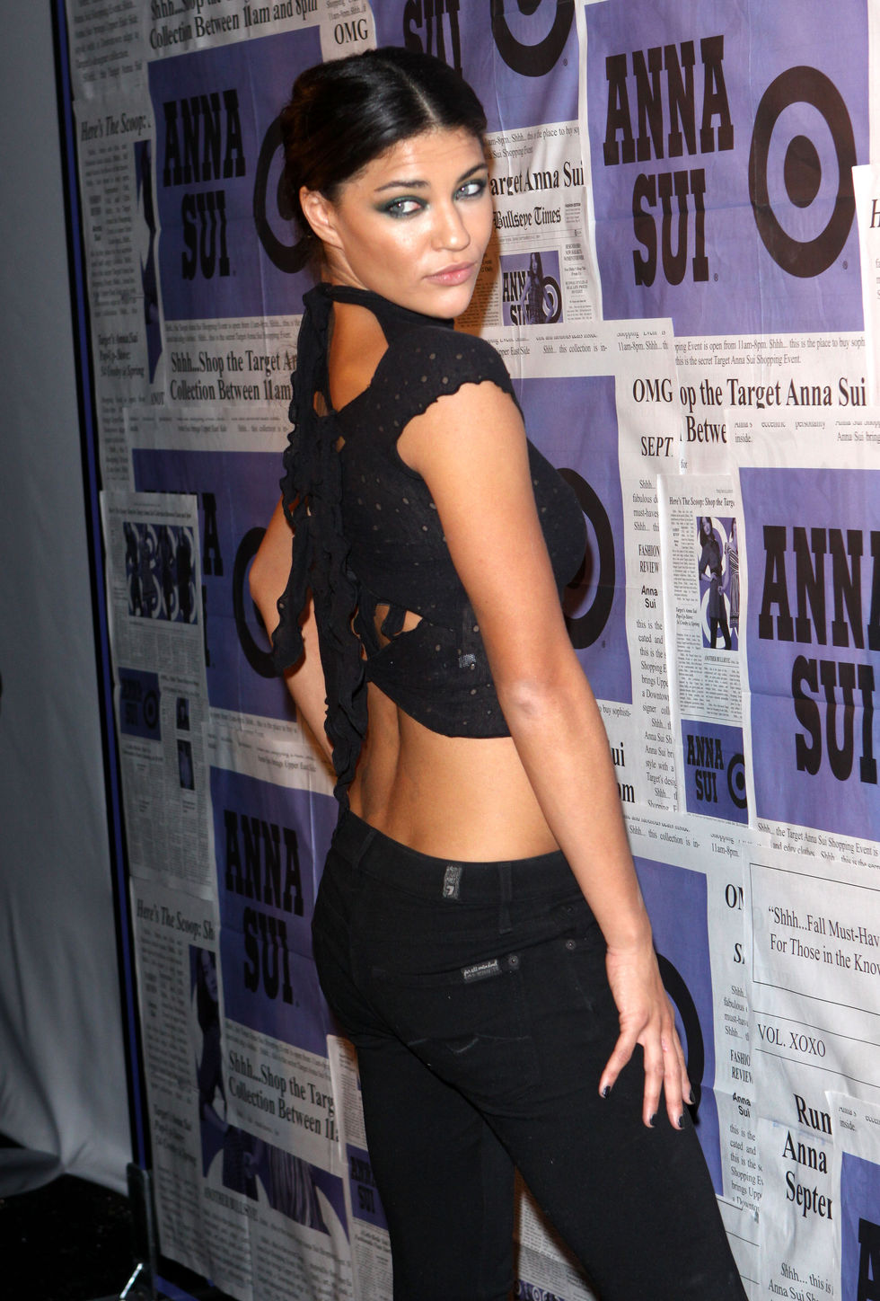 jessica-szohr-anna-suis-collection-launch-in-new-york-01