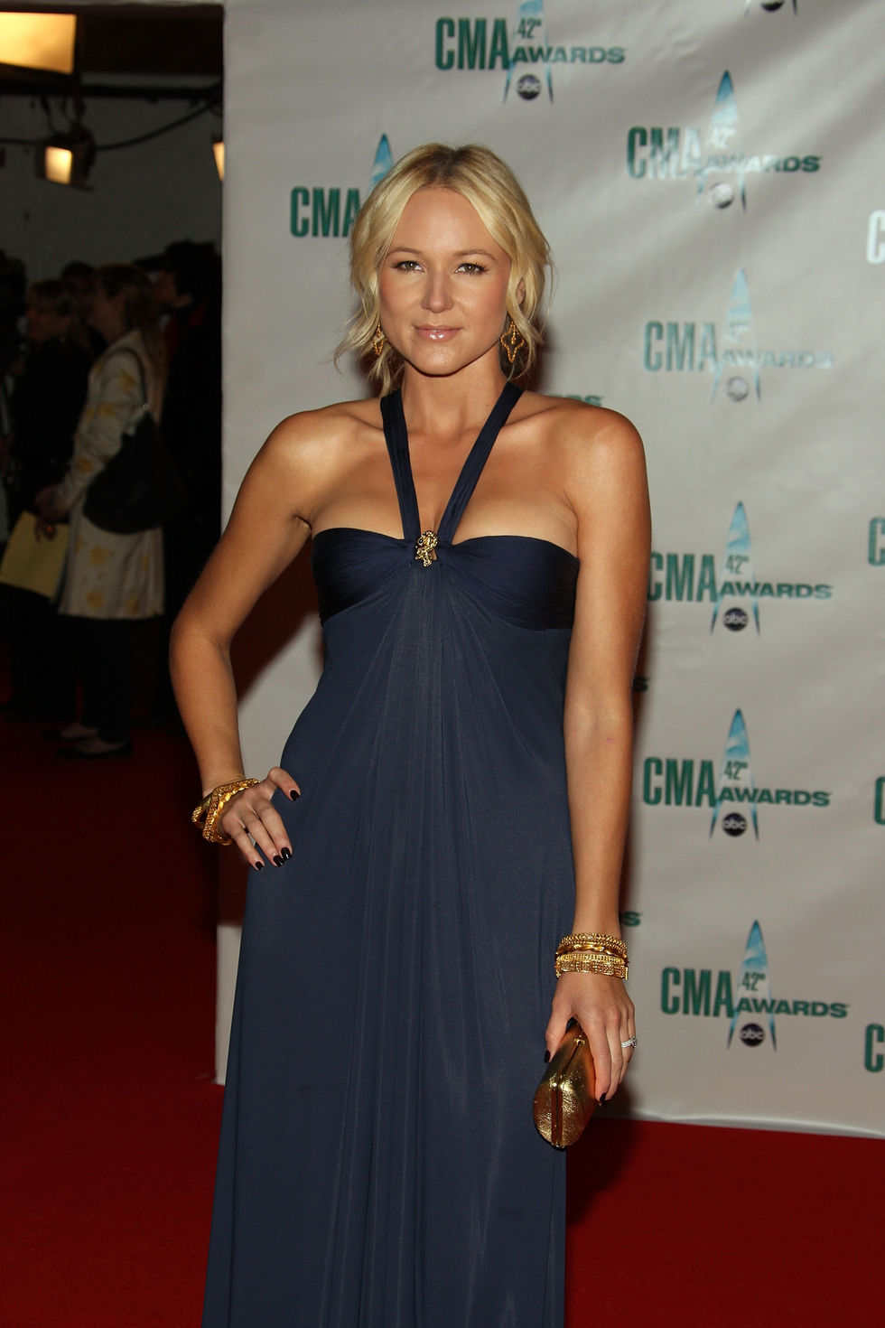 jewel-42nd-annual-cma-awards-in-nashville-01