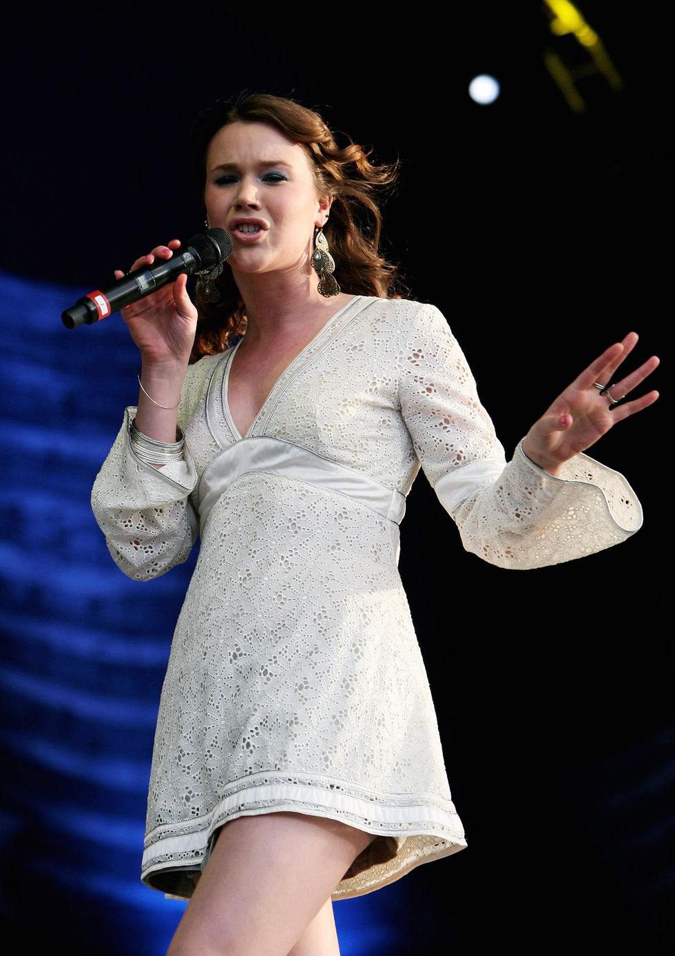 joss-stone-performs-at-andrew-lloyd-webbers-birthday-in-hyde-park-in-london-01