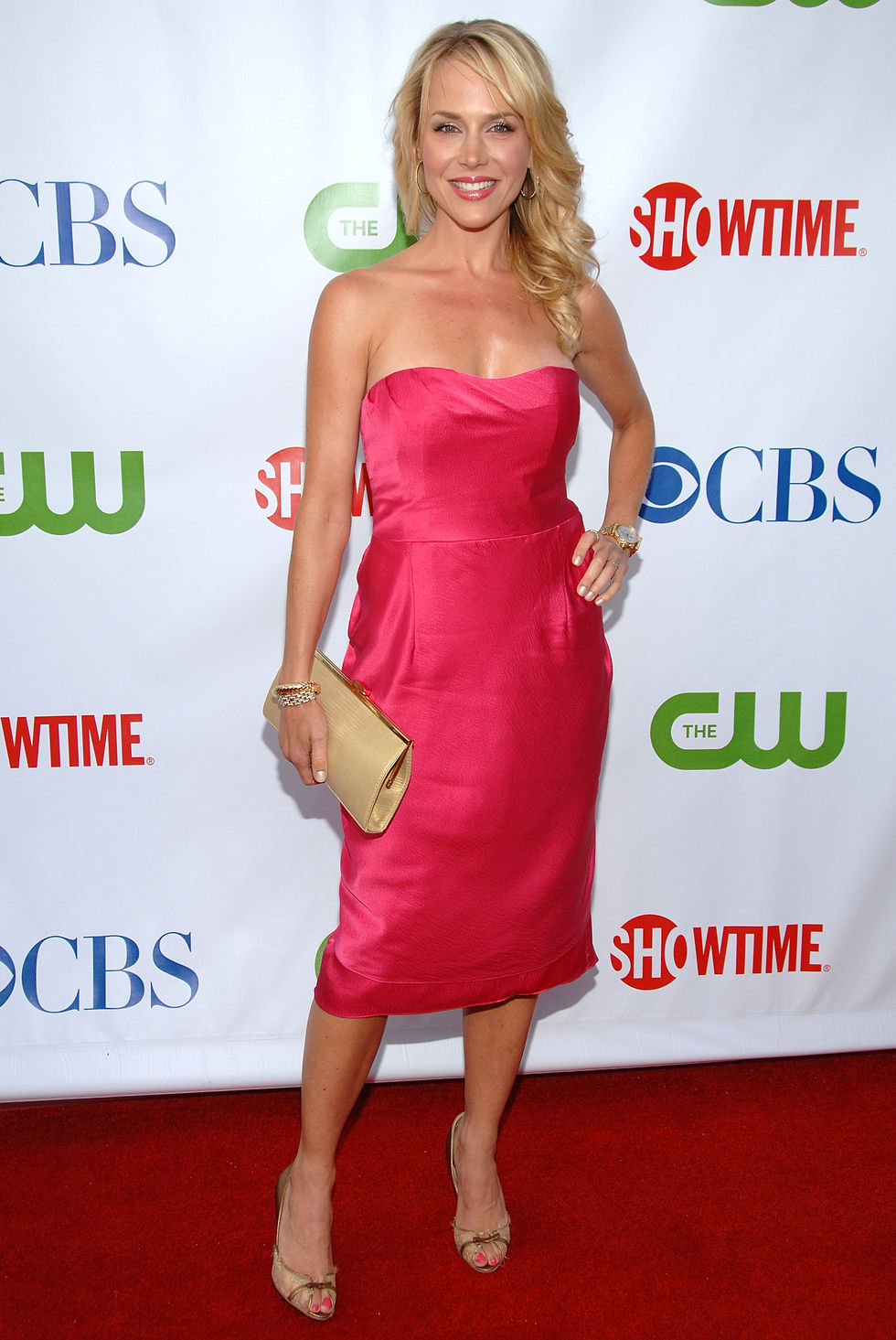 julie-benz-cbs-cw-and-showtime-press-tour-party-in-los-angeles-01