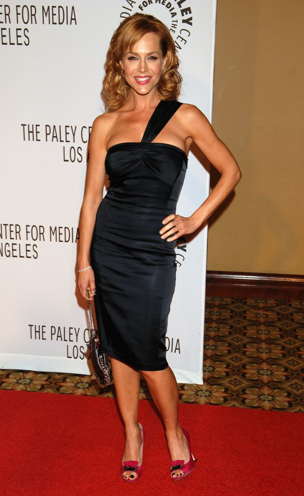 julie-benz-the-paley-center-for-medias-annual-los-angeles-gala-01