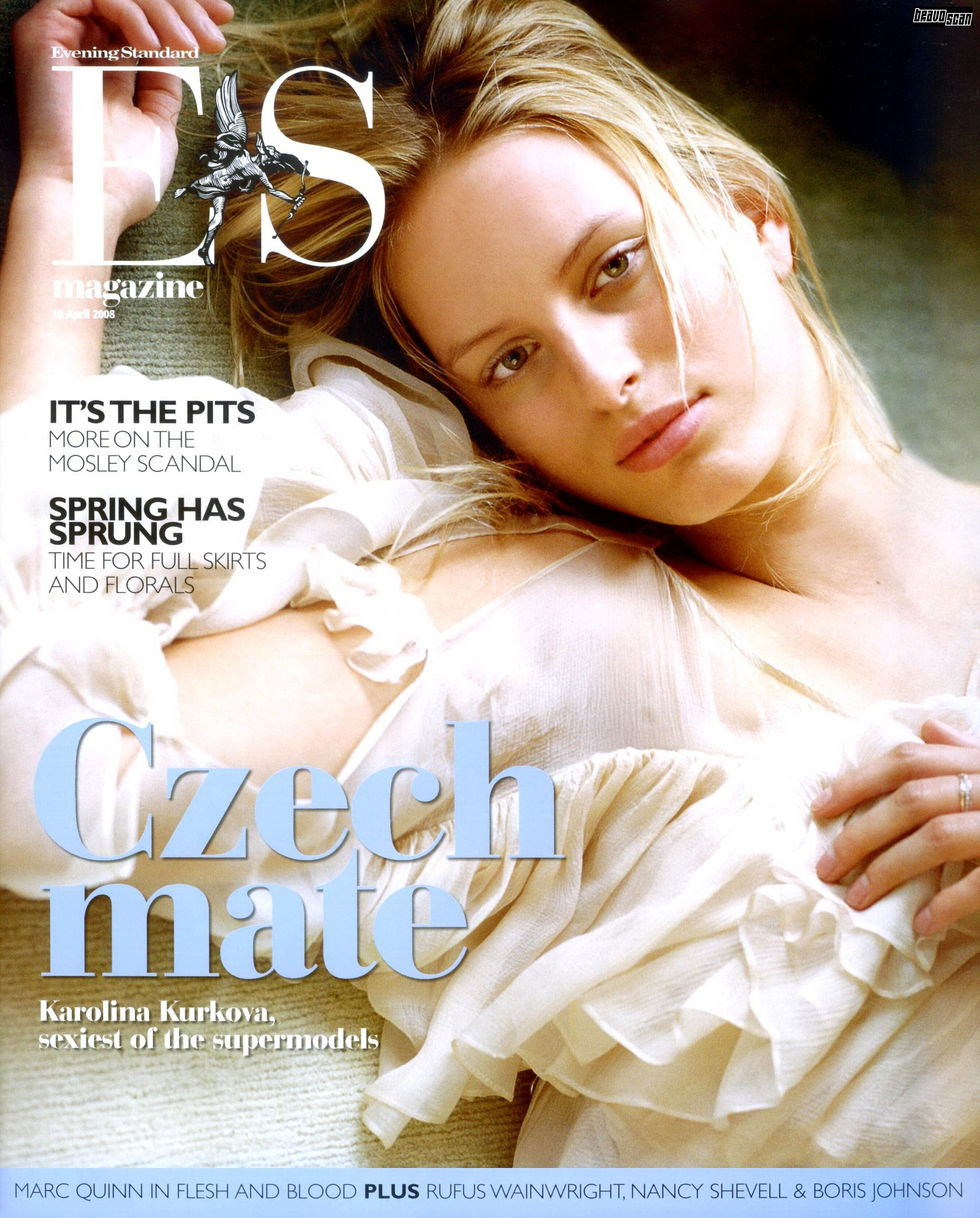karolina-kurkova-es-magazine-april-2008-01