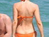 kate-beckinsale-bikini-candids-on-the-beach-in-mexico-03