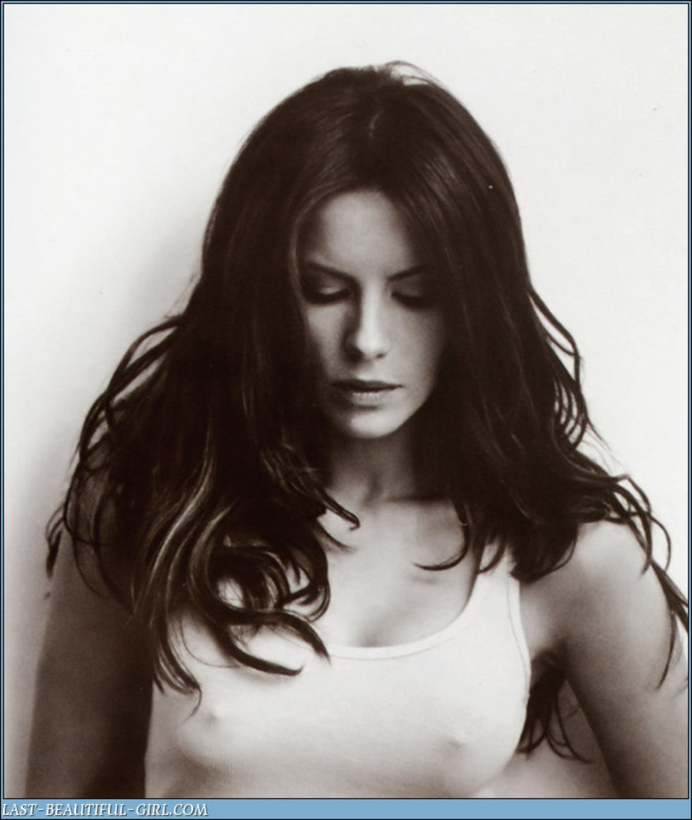 kate-beckinsale-esquire-magazine-march-2008-hq-scans-01
