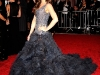 kate-beckinsale-the-model-as-muse-embodying-fashion-costume-institute-gala-08