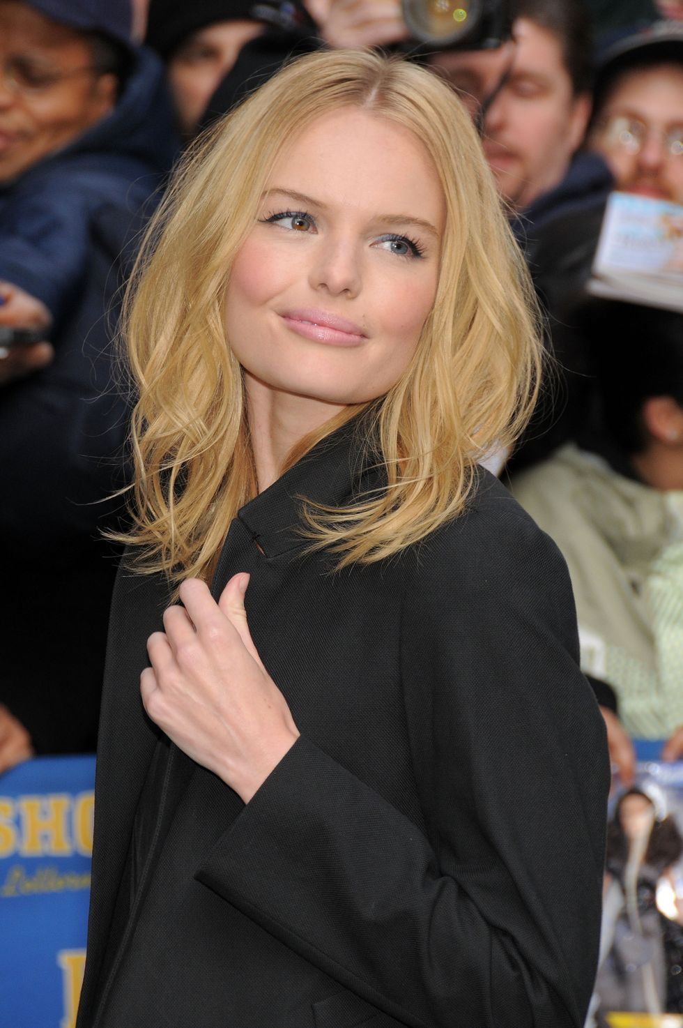 kate-bosworth-late-show-with-david-letterman-in-new-york-city-01