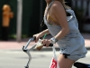 kate-hudson-riding-her-bike-in-miami-10