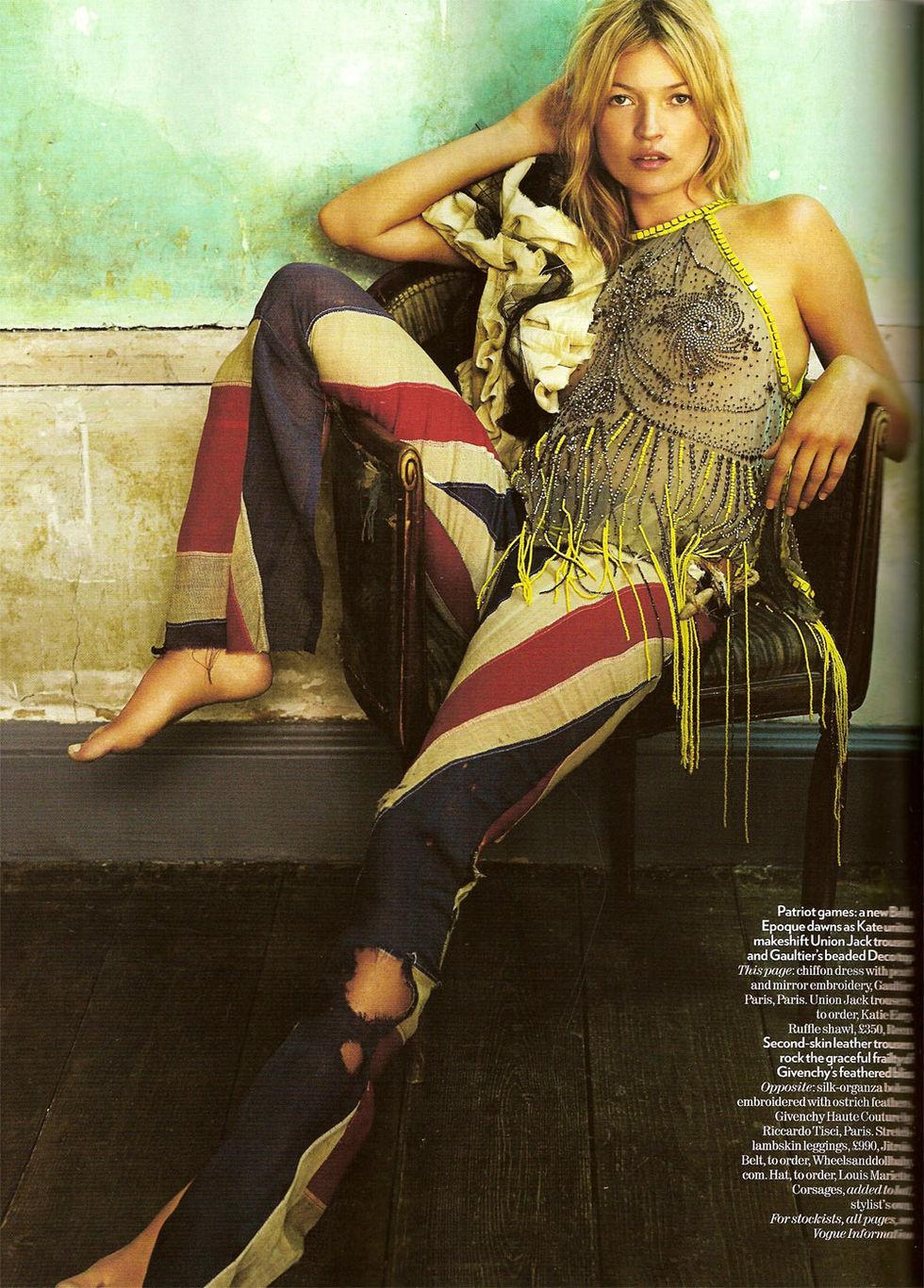 kate-moss-vogue-magazine-uk-october-2008-01