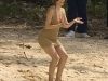 katharine-mcphee-filming-you-may-not-kiss-the-bride-in-hawaii-03
