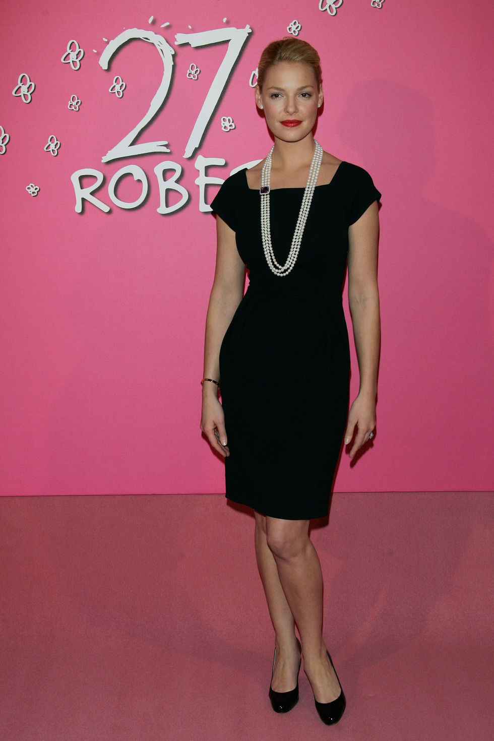 katherine-heigl-27-dresses-photocall-in-paris-01