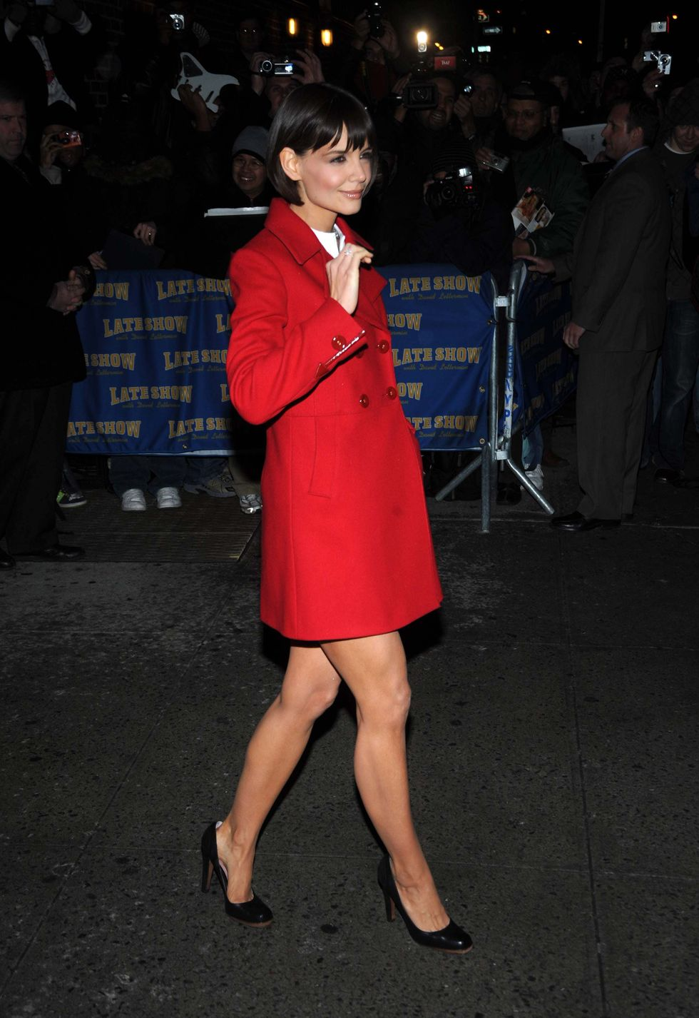 katie-holmes-arrives-to-the-late-show-with-david-letterman-01