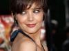 katie-holmes-tropic-thunder-premiere-in-los-angeles-06
