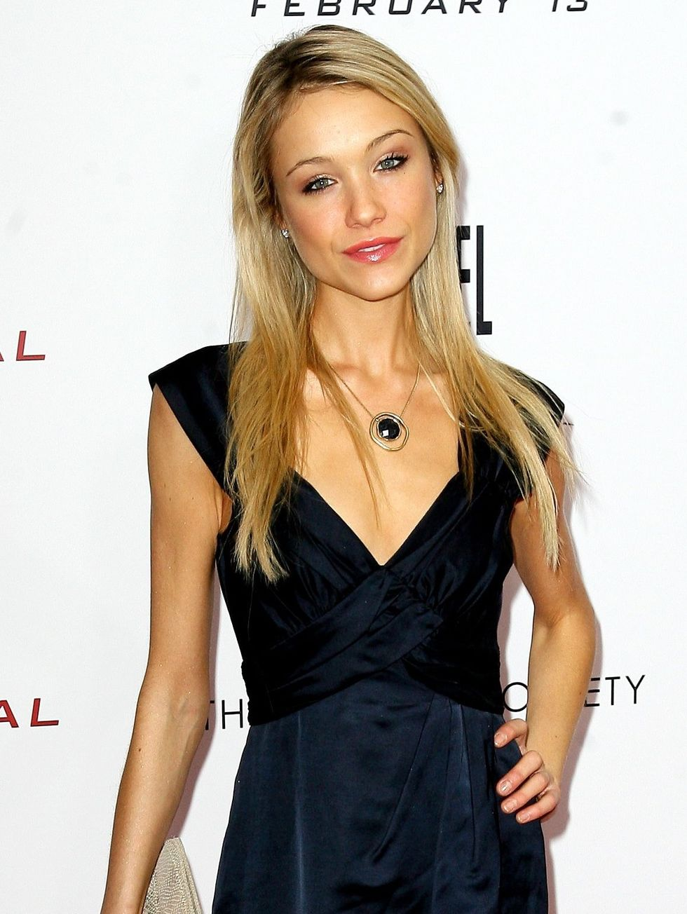 katrina-bowden-the-international-premiere-in-new-york-city-01
