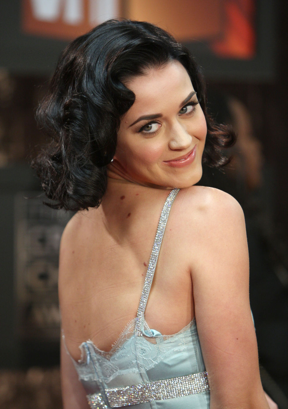 katy-perry-14th-annual-critics-choice-awards-in-santa-monica-01
