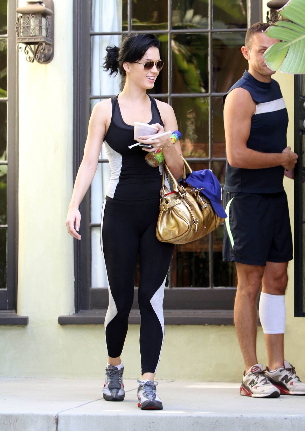 katy-perry-ass-candids-in-los-angeles-04