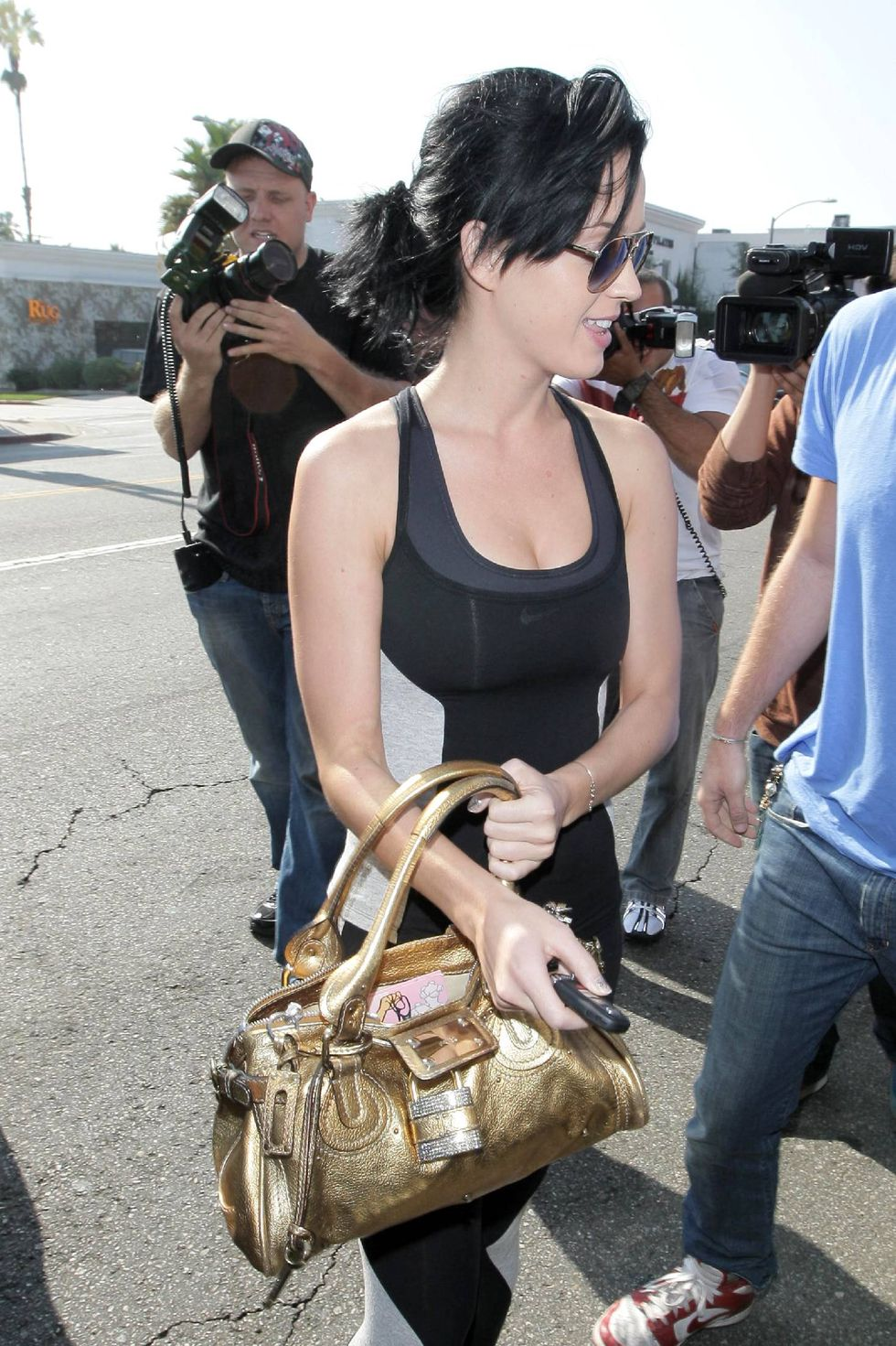 katy-perry-ass-candids-in-los-angeles-09
