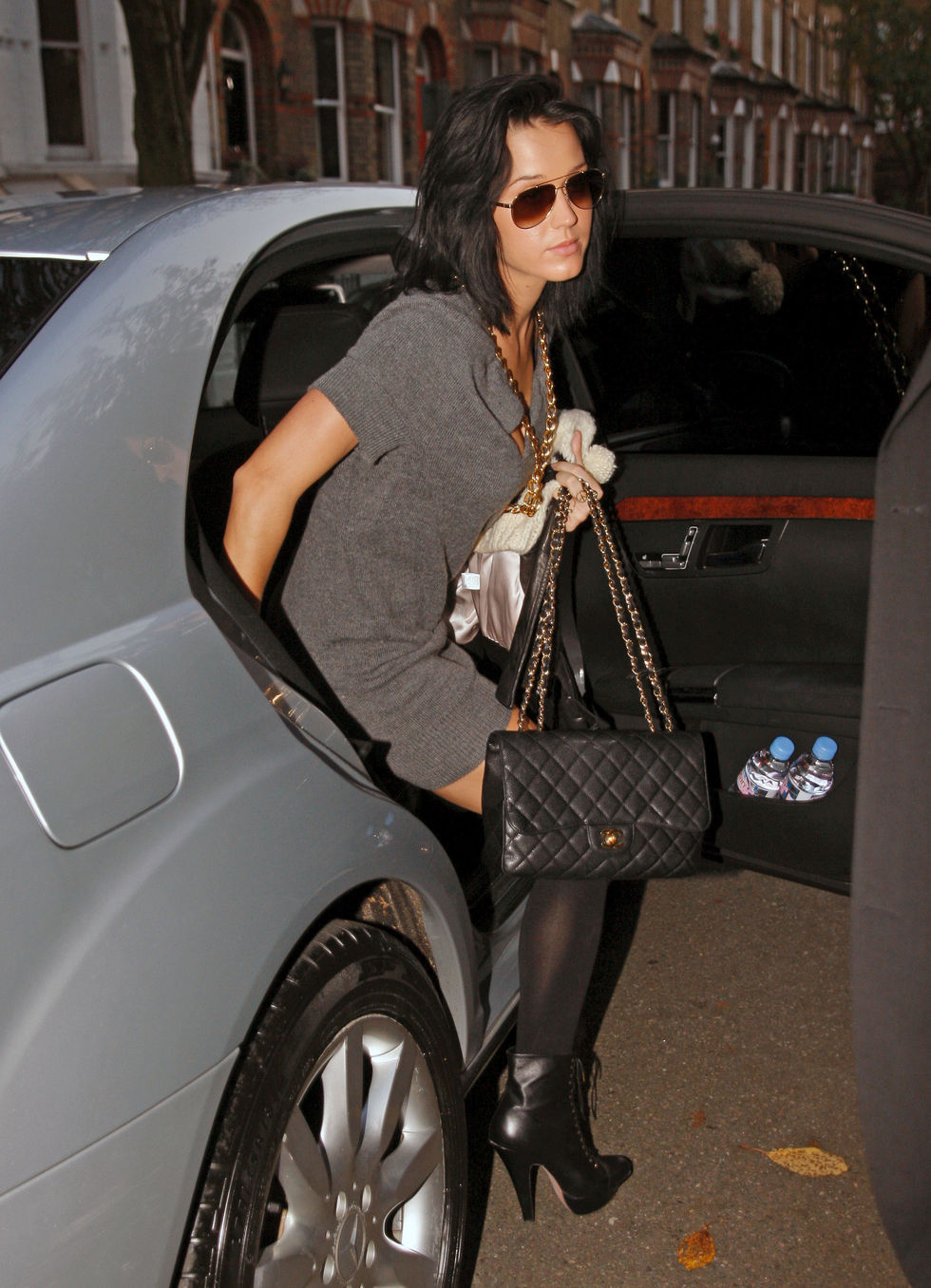 katy-perry-candids-in-london-01