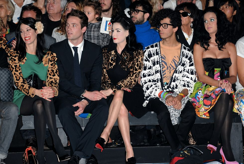 katy-perry-castelbajac-fashion-show-in-paris-01