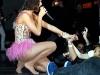 katy-perry-performing-live-in-concert-in-los-angeles-18