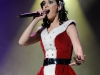 katy-perry-performs-at-the-y-100-jingle-ball-in-sunrise-04