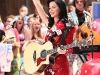katy-perry-performs-on-nbcs-today-show-in-new-york-01