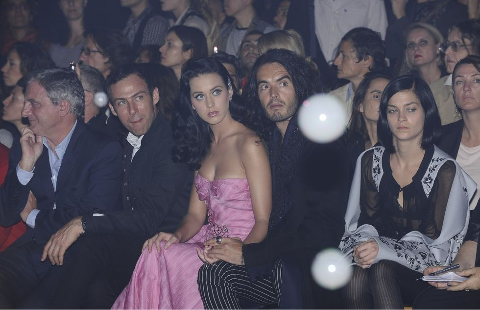 katy-perry-shows-cleavage-at-john-galliano-fashion-show-16