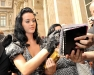 katy-perry-shows-cleavage-at-louis-vuittons-fashion-show-08