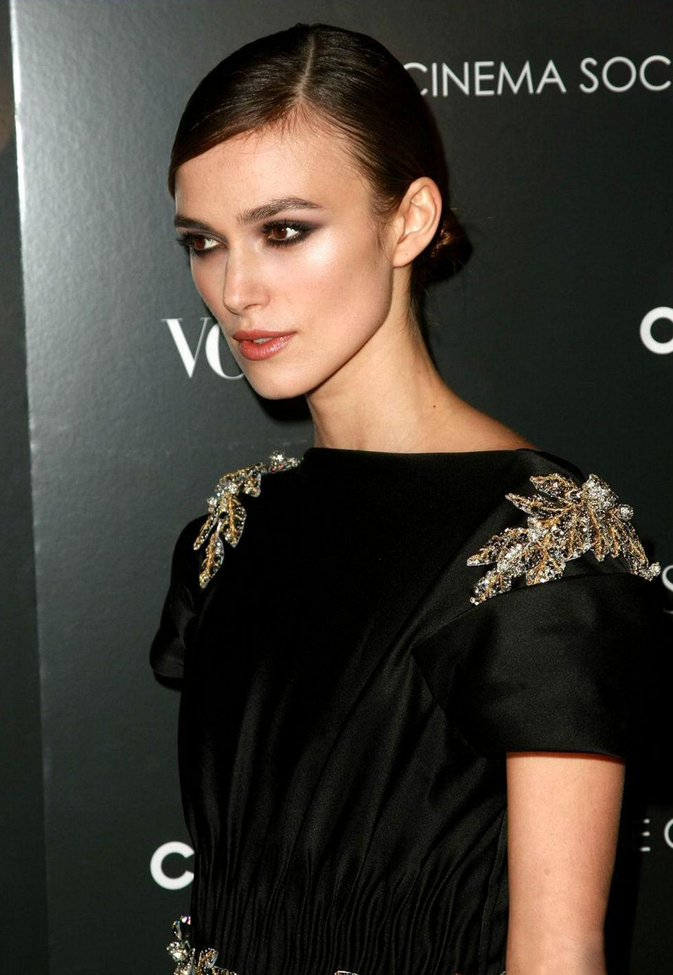 keira-knightley-the-duchess-premiere-in-new-york-01
