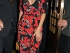 kelly-brook-cleavage-candids-at-ivy-restaurant-in-london-02