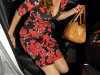 kelly-brook-cleavage-candids-at-ivy-restaurant-in-london-03
