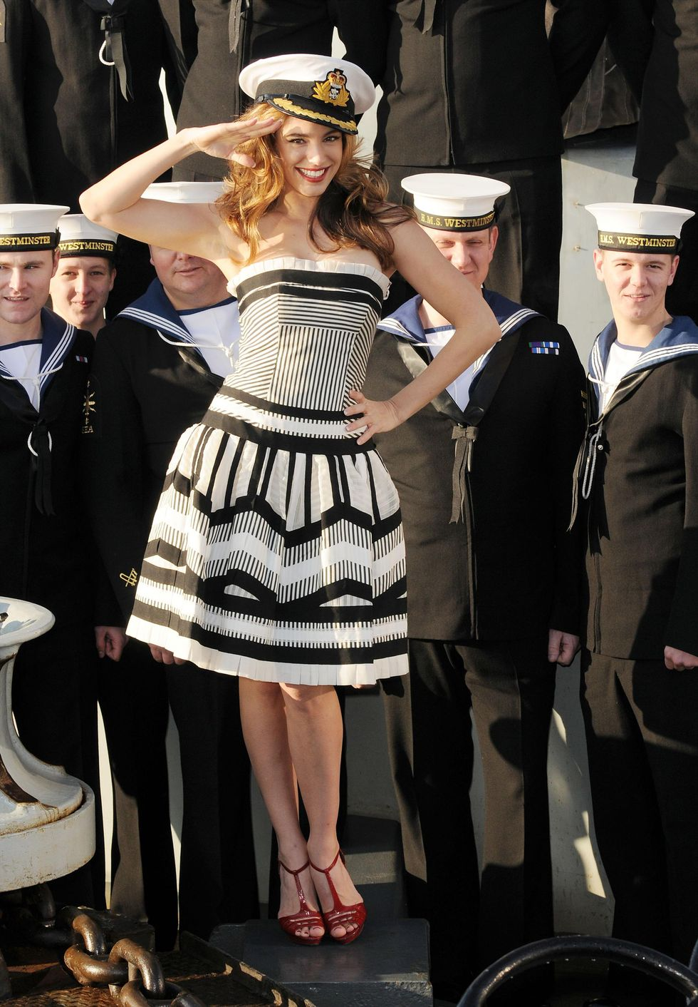 kelly-brook-opens-the-55th-london-boat-show-in-london-01