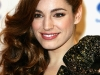 kelly-brook-vivacious-fragance-promotion-at-boots-in-london-01